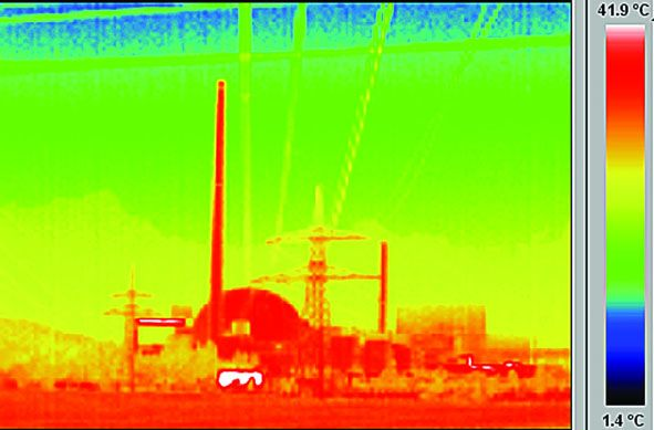 An image taken with a thermographic or infrared camera shows the reactor building of the EnBW nuclea